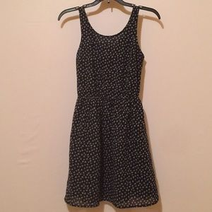 Divides H&M dress with cute back SZ- 4
